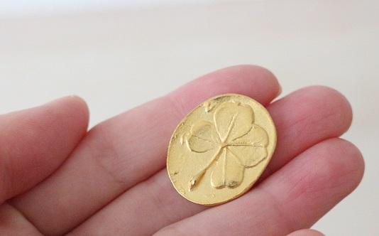幸運を呼ぶコイン